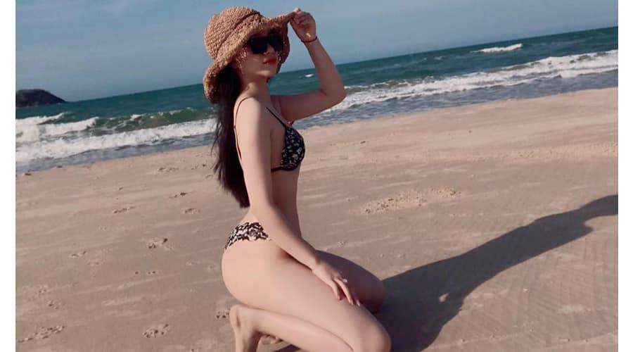 Ánh Tuyết, hot girl bán hàng online nổi tiếng vì quá nóng bỏng và xinh đẹp