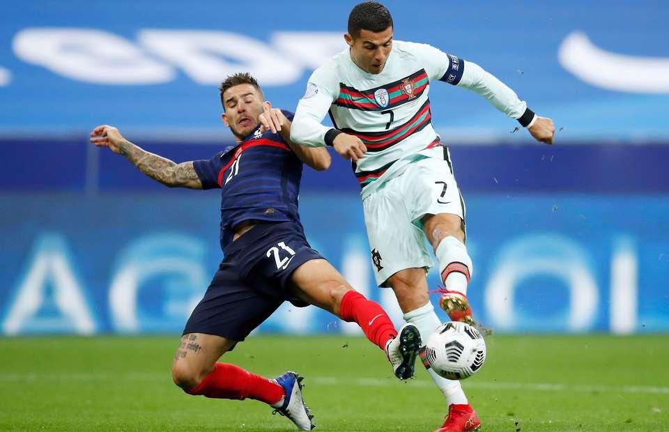 Soi kèo hiệp 1 Bồ Đào Nha vs Pháp