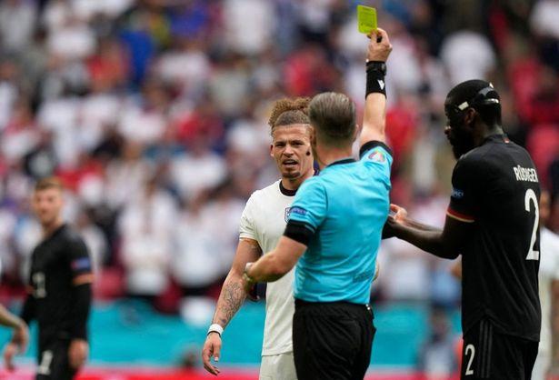 Soi kèo thẻ phạt Ukraine vs Anh