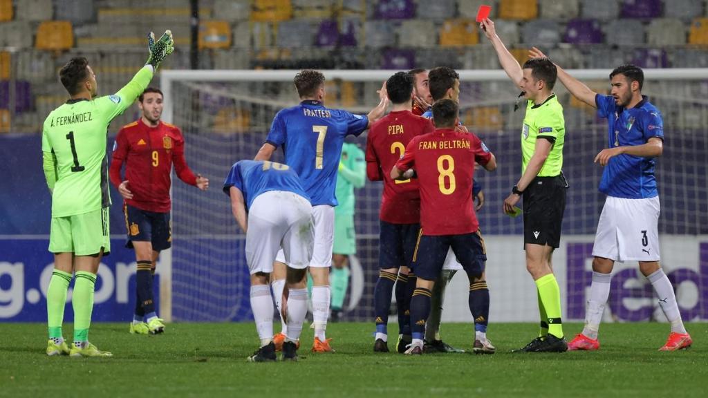 Soi kèo thẻ phạt Ý vs Tây Ban Nha